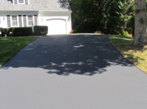 driveway sealing driveway sealing Sealcoating Picture5 e1472757728379